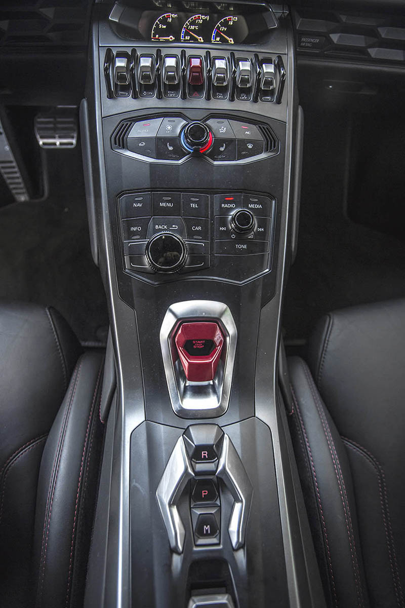 Lamborghini Huracan Ibiza Mandos