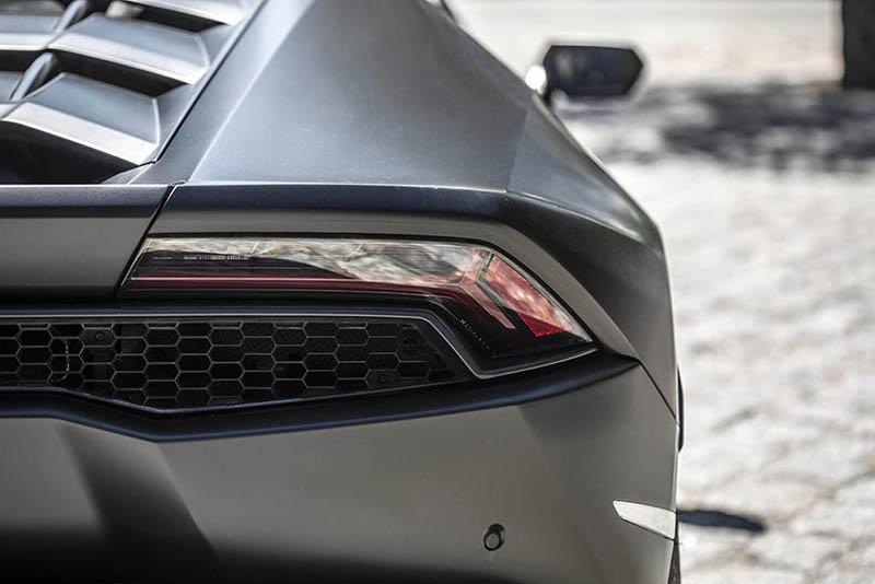 Lamborghini Huracan Ibiza Negro Back 2