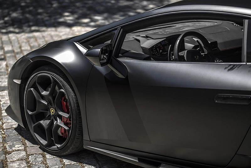 Lamborghini Huracan Ibiza Negro Lateral
