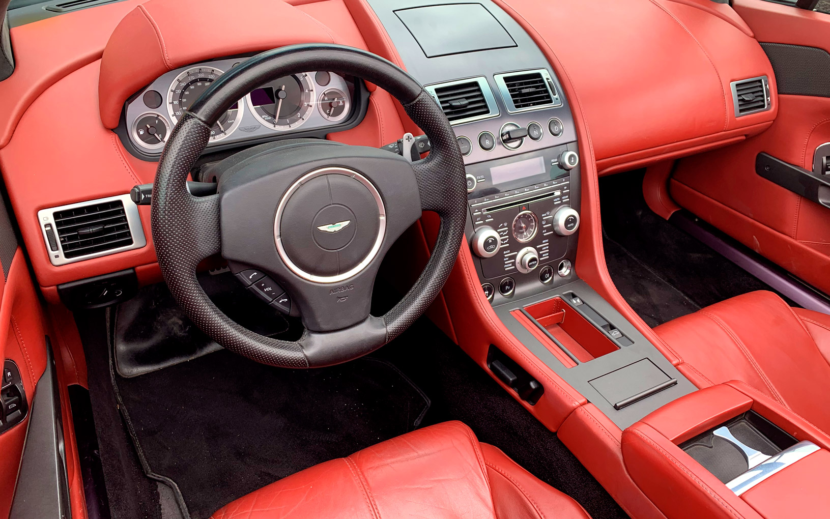 Aston Martin Vanquish Rental Ibiza (5)