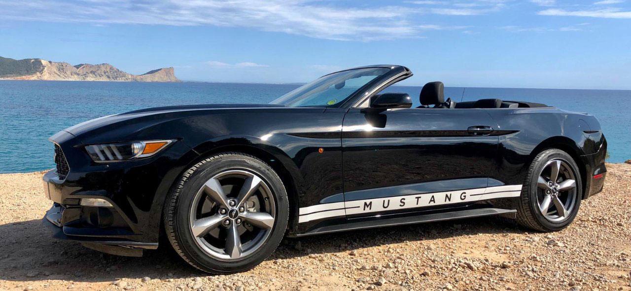 Ford-Mustang-Rental-Ibiza-3