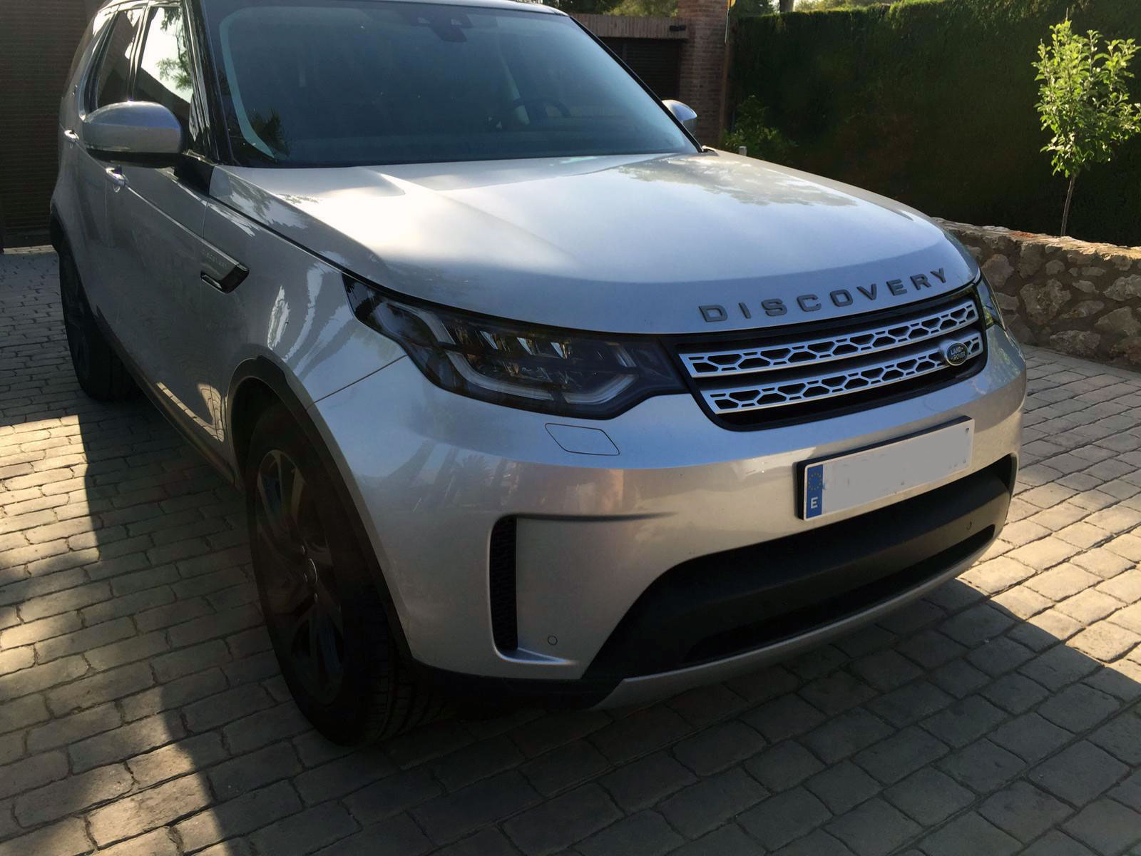 Range-Rover-Discovery-(1)