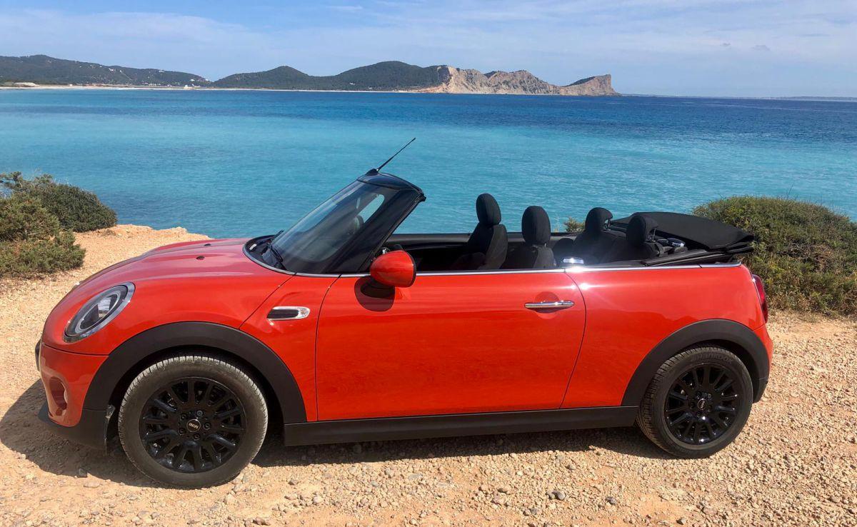 Mini Cooper Cabrio Rental Ibiza (8)