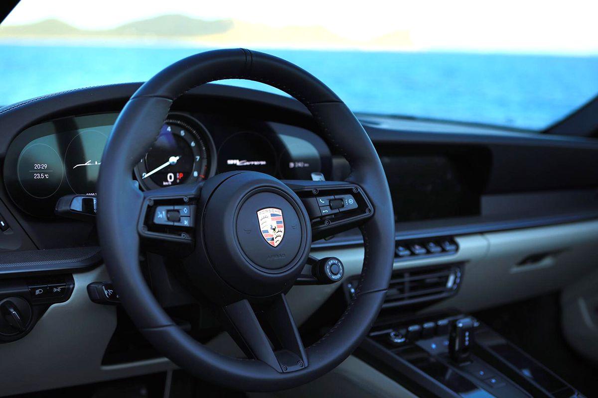 Porsche 911 922 Cabrio Rental Ibiza Model 2020 (6)