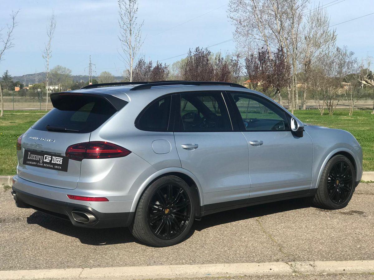 Porsche-Cayenne-Rental-Ibiza-2