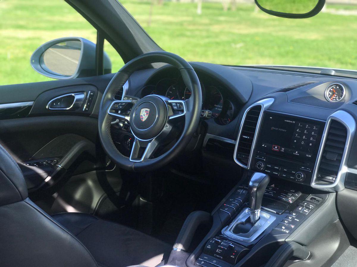 Porsche-Cayenne-Rental-Ibiza-4