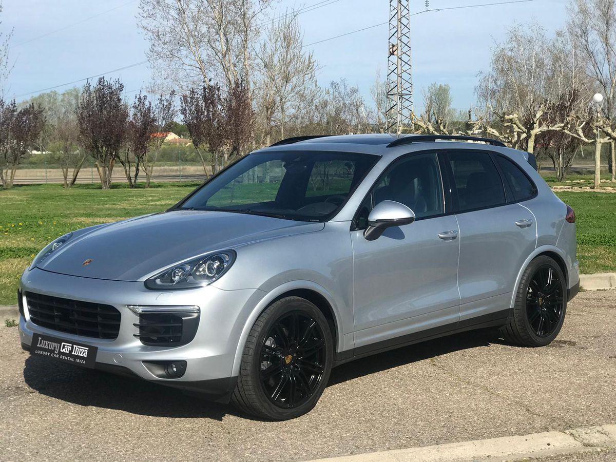 Porsche-Cayenne-Rental-Ibiza