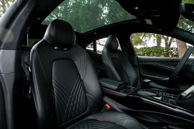 Aston-Martin-DBX-Rental-Ibiza-6