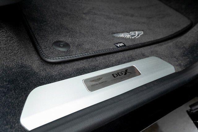 Aston-Martin-DBX-Rental-Ibiza-7