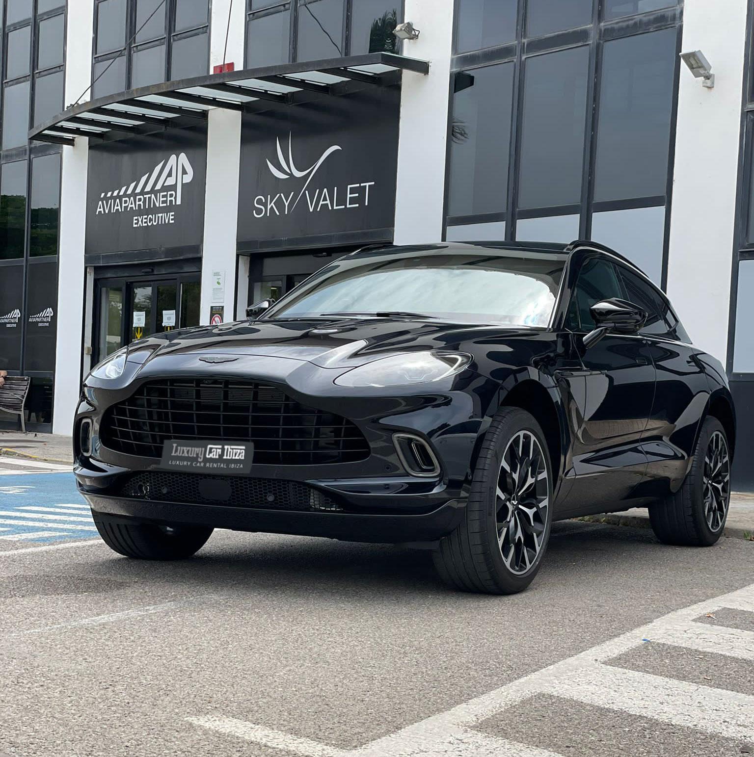 AstonMartin-DBX-Rental-Ibiza