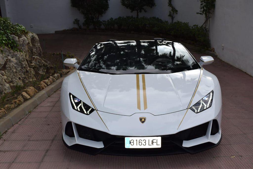Lamborghini Huracan EVO Spyder Rental Ibiza (3)