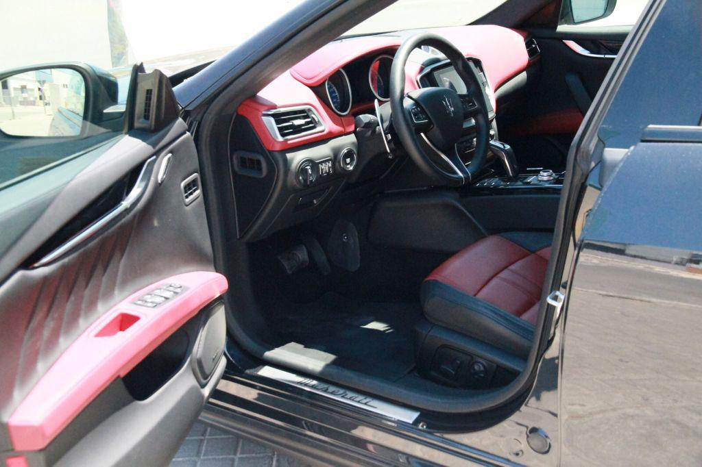 Maserati-Ghibli-Rental-Ibiza-6